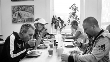 Vil du styrke fællesskabet blandt udsatte gennem madlavning og socialt samvær