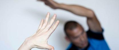Bliv yogainstruktør blandt hjemløse mænd og kvinder